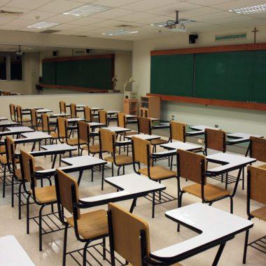 هرآنچه که باید در مورد صندلی دانش آموزی بدانید