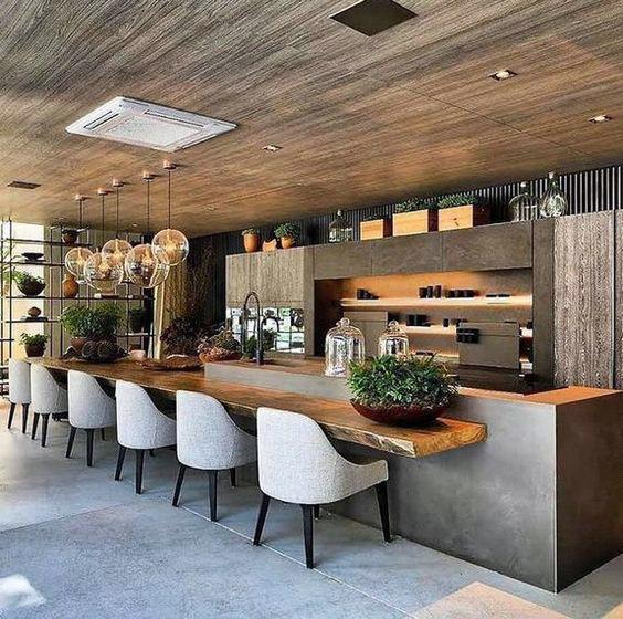 استفاده مناسب از صندلی های مدرن در دکواسیون چوبی آشپزخانه